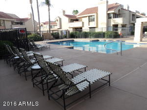 1038 sq. ft 2 bedrooms 2 bathrooms  House , Scottsdale