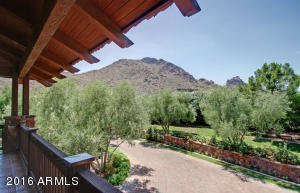 Camelback Views - Guest Balcony