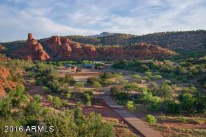Luxury 173-Acre Horse Ranch & Retreat