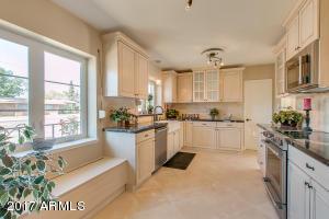 542 W Holly Street Phoenix, AZ 85003
