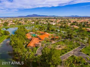 Property for sale at 1 E Oakwood Hills Drive, Chandler,  Arizona 85248