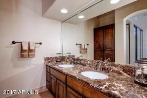 10390 E LAKEVIEW Drive Unit 201 Scottsdale, AZ 85258 - MLS #: 5534165
