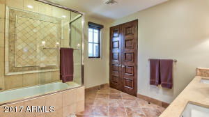 Guest House Bathroom