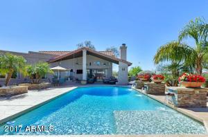 Resort Style Backyard-2