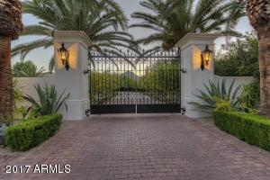 004_Gated Estate