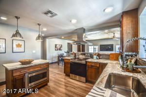 2525 N Mitchell Street Phoenix, AZ 85006