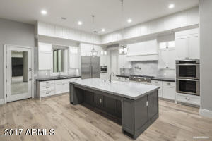 Property for sale at 7134 S Star Drive, Gilbert,  Arizona 85298