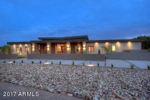 6701 E Fanfol Drive Paradise Valley, AZ 85253