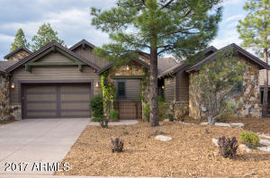 Photo of 1483 E Castle Hills Drive #EP 12, Flagstaff, AZ 86005