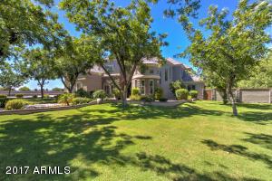 Property for sale at 15418 E Bronco Court, Gilbert,  Arizona 85298