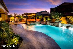 Property for sale at 988 E Bridgeport Parkway, Gilbert,  Arizona 85295