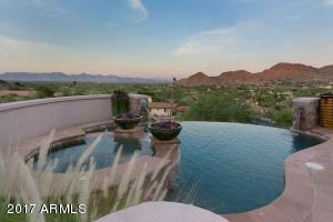 8022 N 47th Street Paradise Valley, AZ 85253