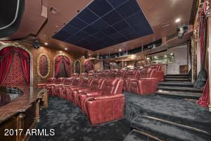 021_Theater