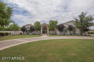 Property for sale at 2053 E Sanoque Boulevard, Gilbert,  Arizona 85298