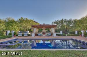 Resort Size Tiled Pool