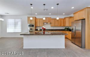 2133 N 164th Ave-large-009-39-Kitchen-15