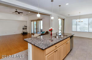 2133 N 164th Ave-large-012-47-Kitchen-15
