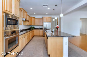 2133 N 164th Ave-large-013-42-Kitchen-15