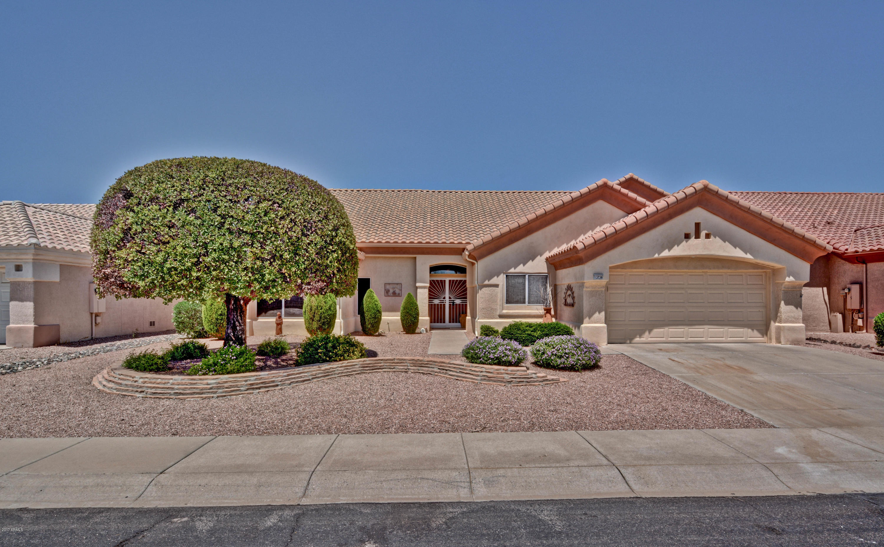 13736 W GUNSIGHT DRIVE, SUN CITY WEST, AZ 85375
