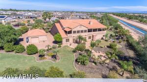 Property for sale at 973 E Frye Road, Gilbert,  Arizona 85295