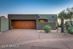 Photo of 9821 E GRAYTHORN Drive, Scottsdale, AZ 85262