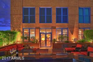 39-25-Patio Terrace
