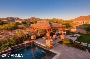 Photo of 10870 E MEADOWHILL Drive, Scottsdale, AZ 85255
