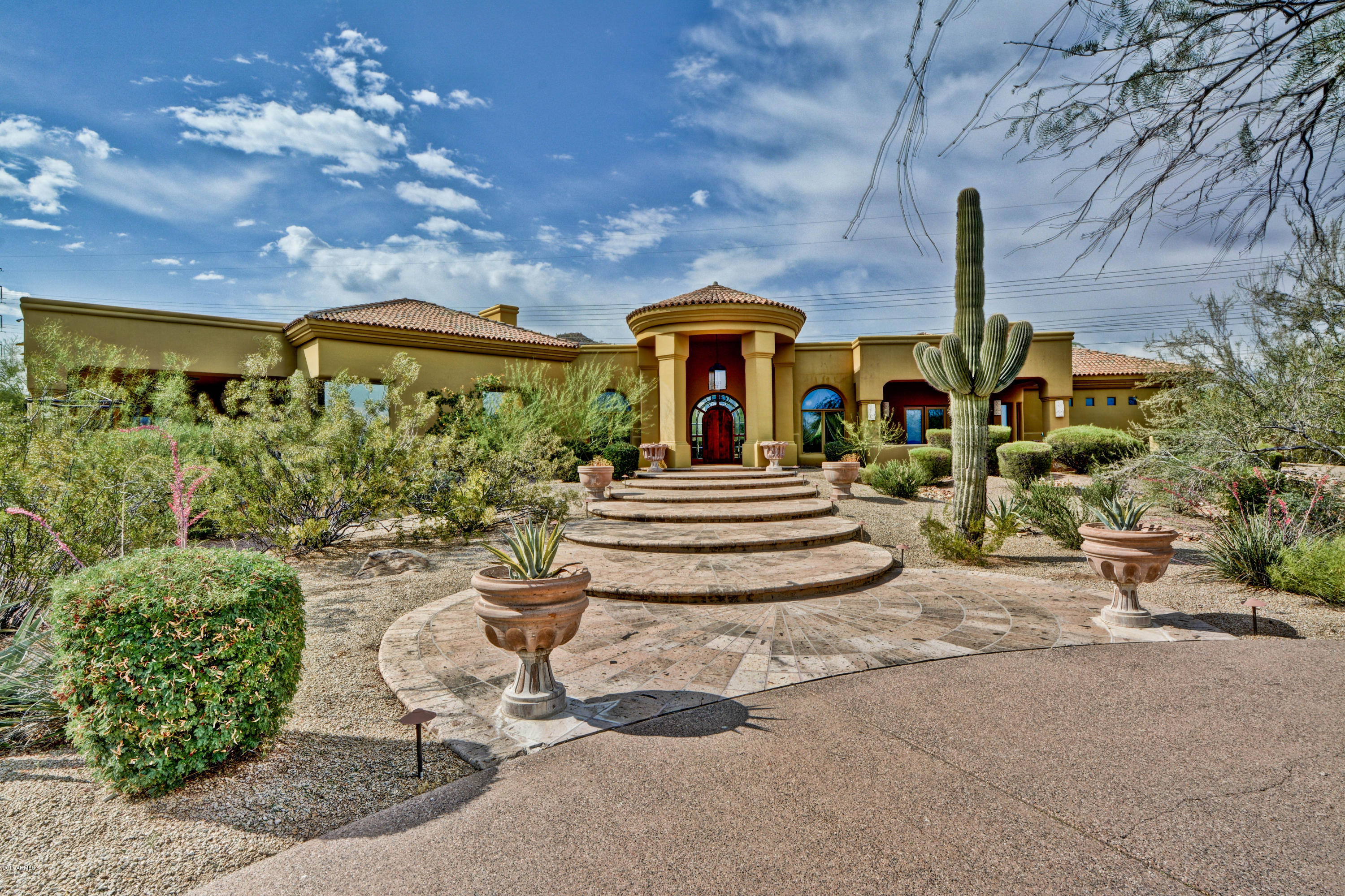 Photo of 8330 W LA CAILLE --, Peoria, AZ 85383