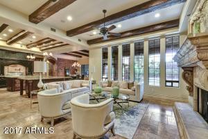 Property for sale at 3054 E Portola Valley Drive, Gilbert,  Arizona 85297