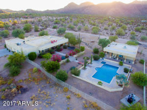 Property for sale at 2104 S Coyote Trail, Maricopa,  Arizona 85139