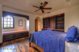 030_Bedroom IV