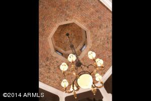 26_Foyer Detail