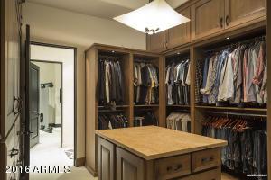 Master His Closet