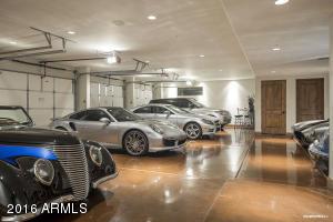 Show Garage
