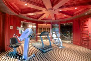 42 - fitness room