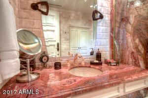 54 - guest bath 3