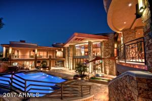 66 - pool and exterior 2
