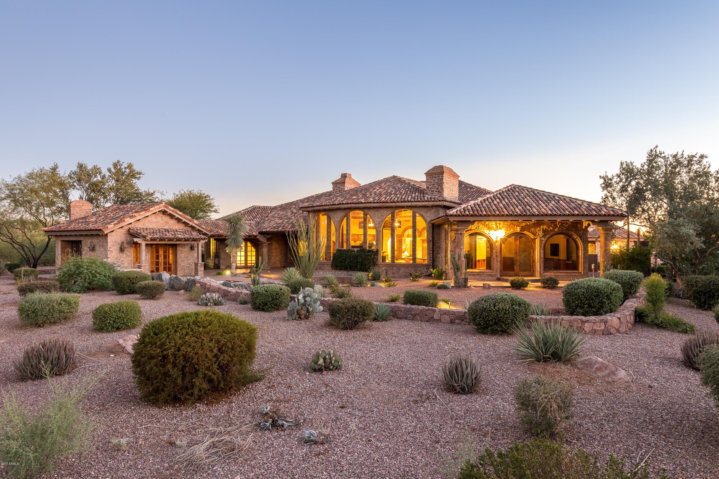 Photo of 7258 E SPANISH BELL Lane, Gold Canyon, AZ 85118
