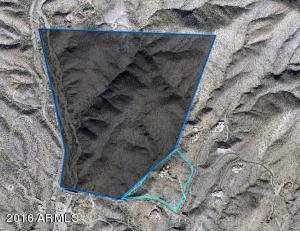 091_Adjacent undevelopable land