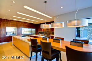 14 Kitchen (1)