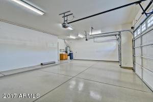 3 Car Garage