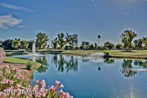 Photo of 7401 W ARROWHEAD CLUBHOUSE Drive #1084, Glendale, AZ 85308