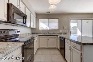 Photo of 636 S ROBIN Lane, Mesa, AZ 85204