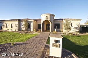 Property for sale at 2616 E Carob Drive, Chandler,  Arizona 85286