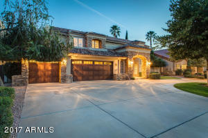 Property for sale at 10245 E Cochise Drive, Scottsdale,  Arizona 85258