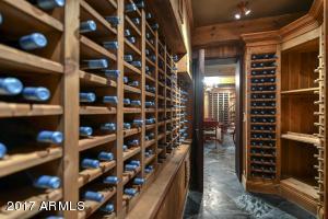019_Wine Storage