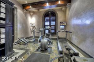 042_Fitness Room