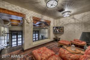 045_Guest Suite-Loft