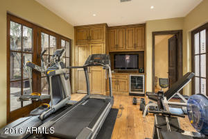 Master suite exercise room