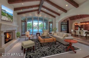 6390 E Royal Palm Road Paradise Valley, AZ 85253